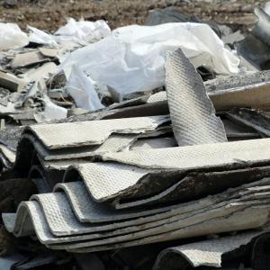 Stokage des déchets amiantés par centr de tri qualifiée