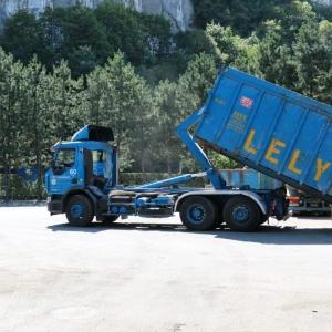 Mise à disposition de bennes permananentes pour l'évacuation et le traitement des déchets - Lely Environnement