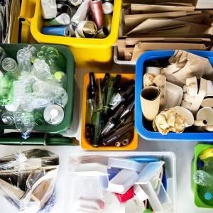 Tri des flux de déchets dans l'industrie - Lely environnement