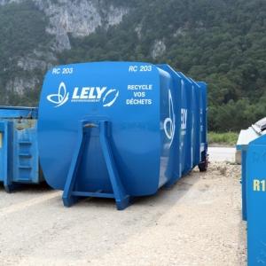 Bennes et containers pour évacuer, traiter et valoriser les déchets