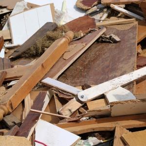 Collecte des déchets en bois brut ou manufacturé