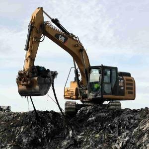Pelle mécanique 27 tonnes